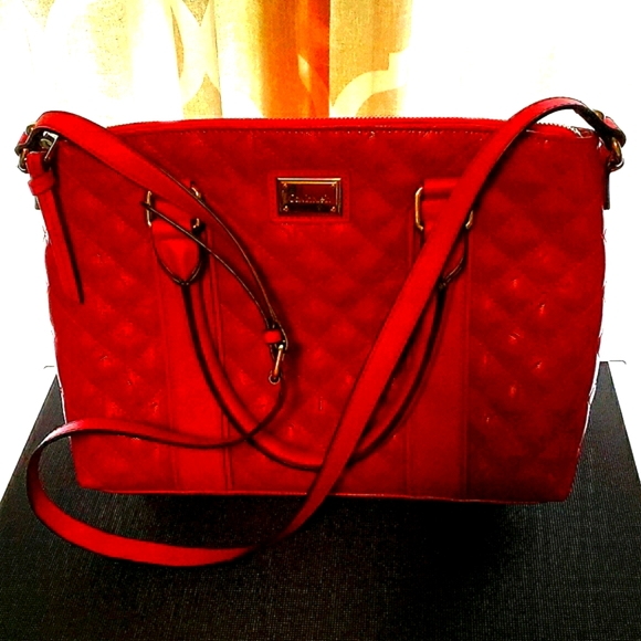 CALVIN KLEIN RED PATENT LEATHER CROSSBODY BAG
